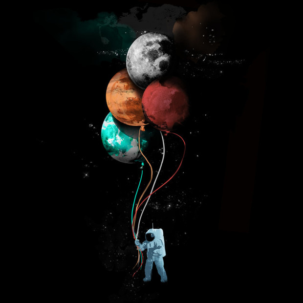 Astronaut Holding Planet Balloons T-Shirt